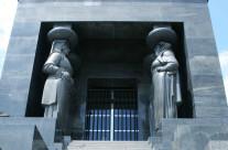Spomenik neznanom junaku na Avali pored Beograda