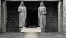 Njegosev-mauzolej-na-Lovcenu